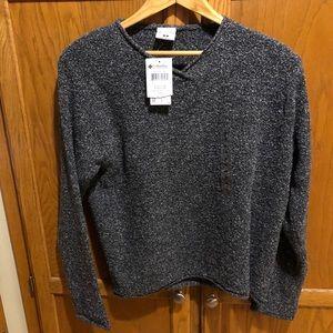 🆕 Columbia sweater